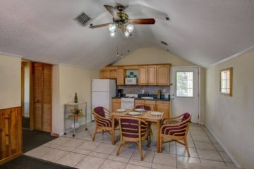 Palm Crest Unit Kitchen and Dining